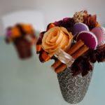 ハロウィン 手作りの飾り お菓子とプリザーブドフラワーのアレンジ