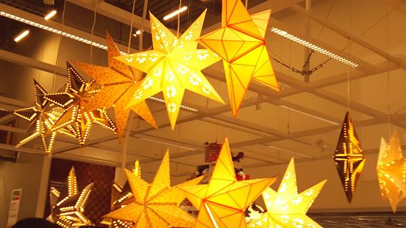 クリスマスだけでない素敵な照明