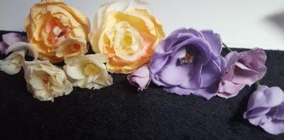 様々花に変化したバラ