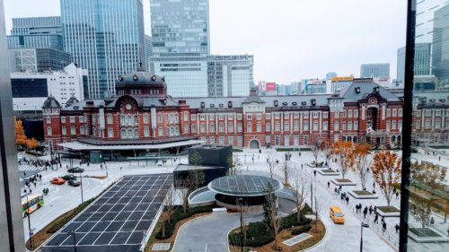 新丸ビル5階カフェからの東京駅