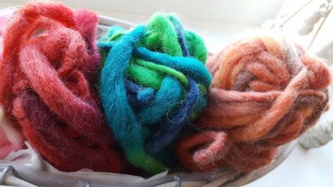 色違いのかわいい毛糸
