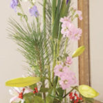 お正月のフラワーアレンジメントの作り方 花はスーパーで購入