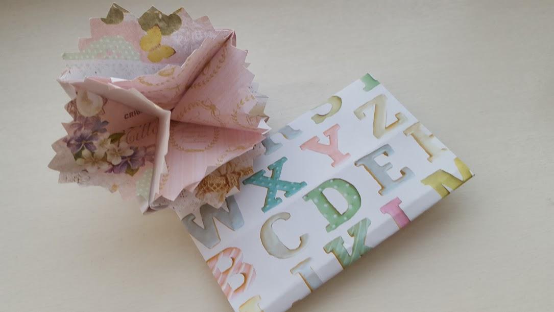折り紙カーネーション