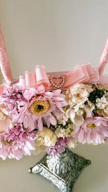 ピンクのバッグブーケ