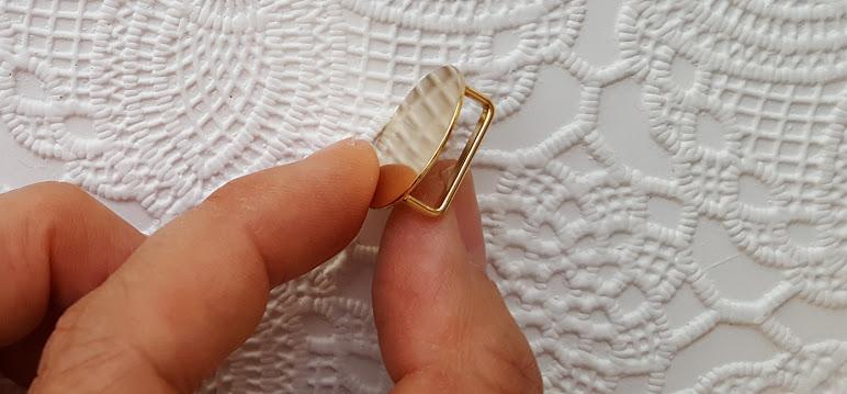 帯留め金具
