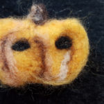 バザー手作り品 ハロウィンのカボチャを羊毛フェルトで簡単に作る