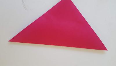 対角線で折る
