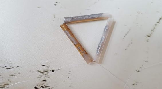最初の三角