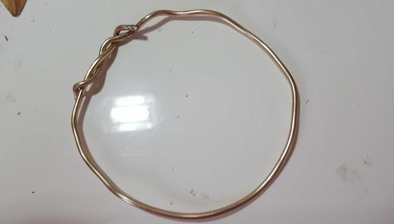 ワイヤーでリングを作る