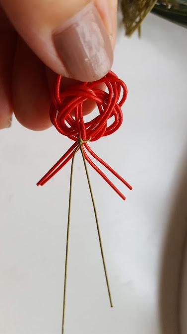 水引の梅にワイヤリング