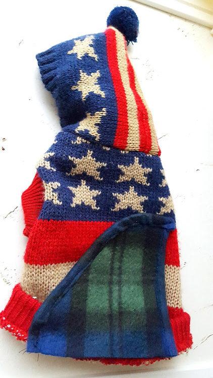 リブ編みの塗白部分に布を合わせる