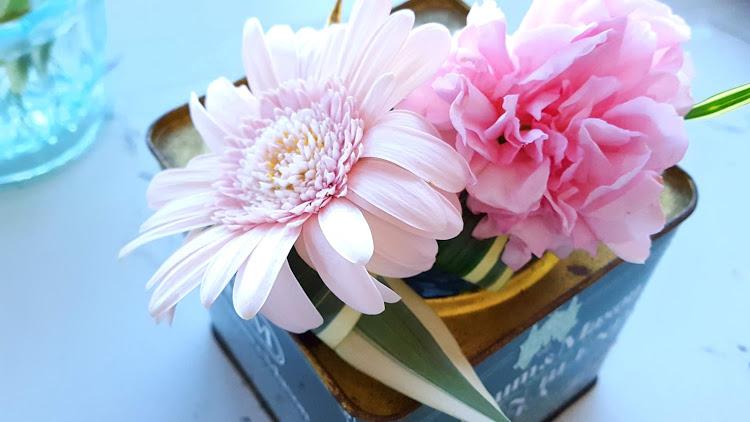 花を入れる