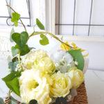 花とプレゼントを一緒にする方法 豪華でおしゃれなギフトの作り方