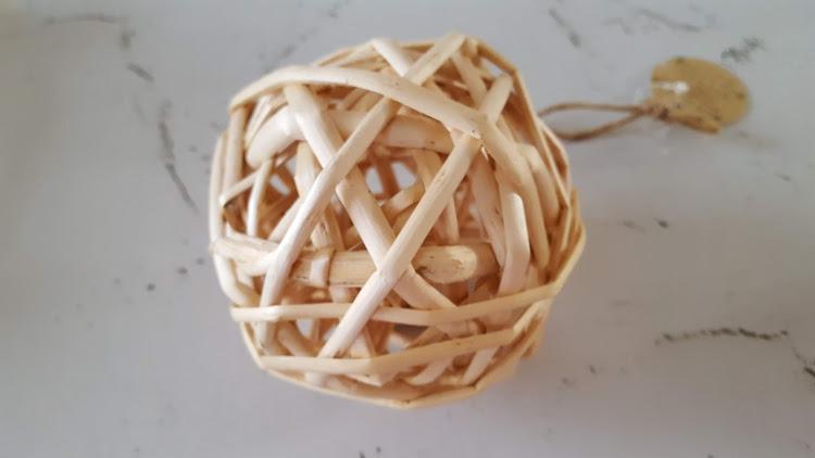 ラタンボール