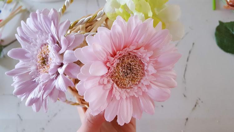 大きな花から挿す